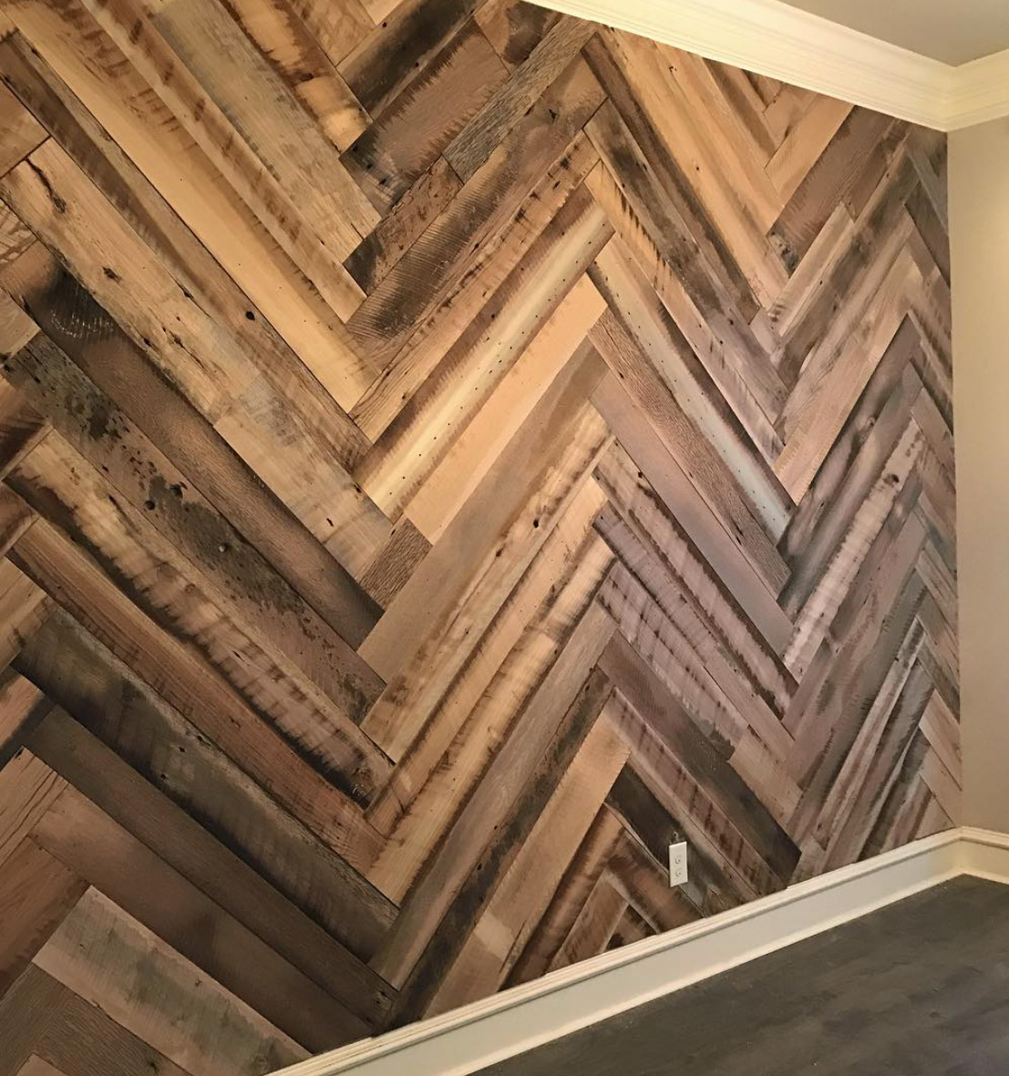 About Us · Products - Reclaimed Wood Flooring, Mantels, Shiplap And Barn Wood Products